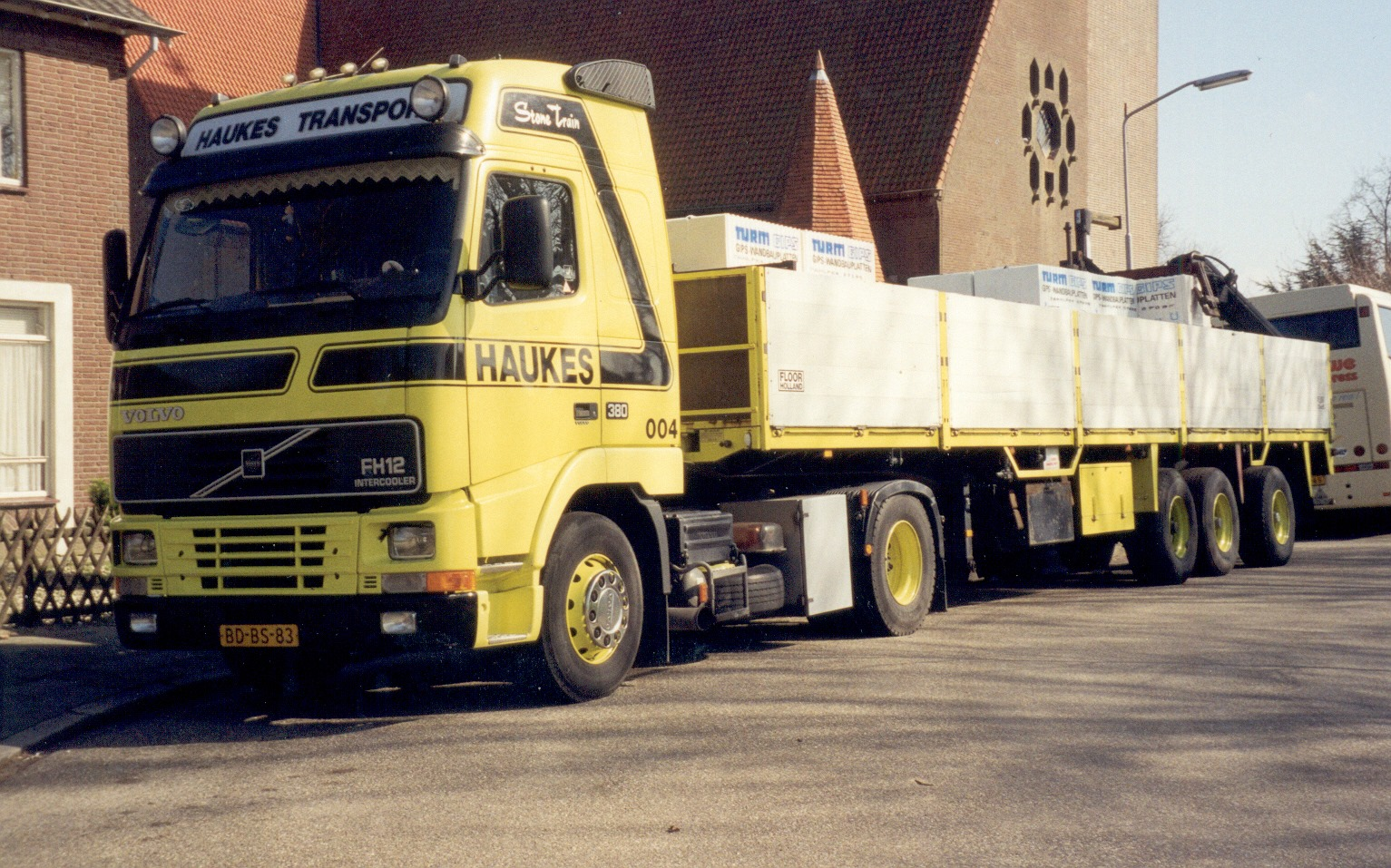 Volvo-FH-004-