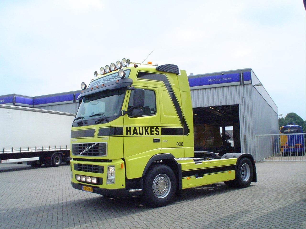 Volvo-FH-008-1