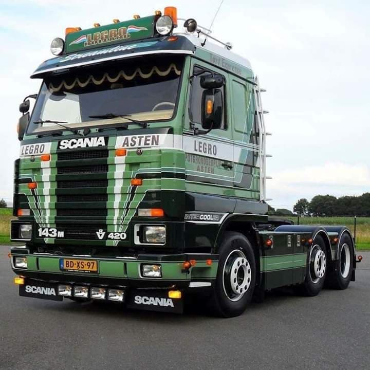 Scania-143-M-420-V8
