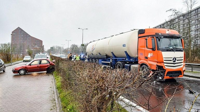 Ongeval-N370-Frieslandstraatweg-Groningen--24-12-2019-