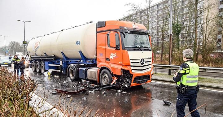 Ongeval-N370-Frieslandstraatweg-Groningen-24-12-2019-