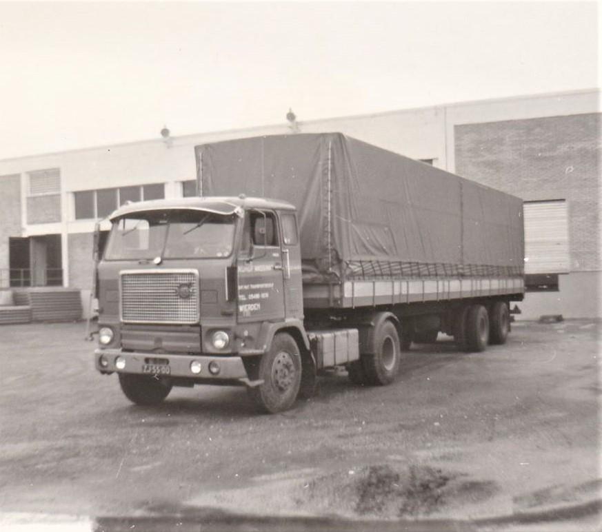 Eind-jaren-60-op-teruglaadadres-in-de-buurt-van-Napels-I-ee-n-van-de-eerste-F88--2