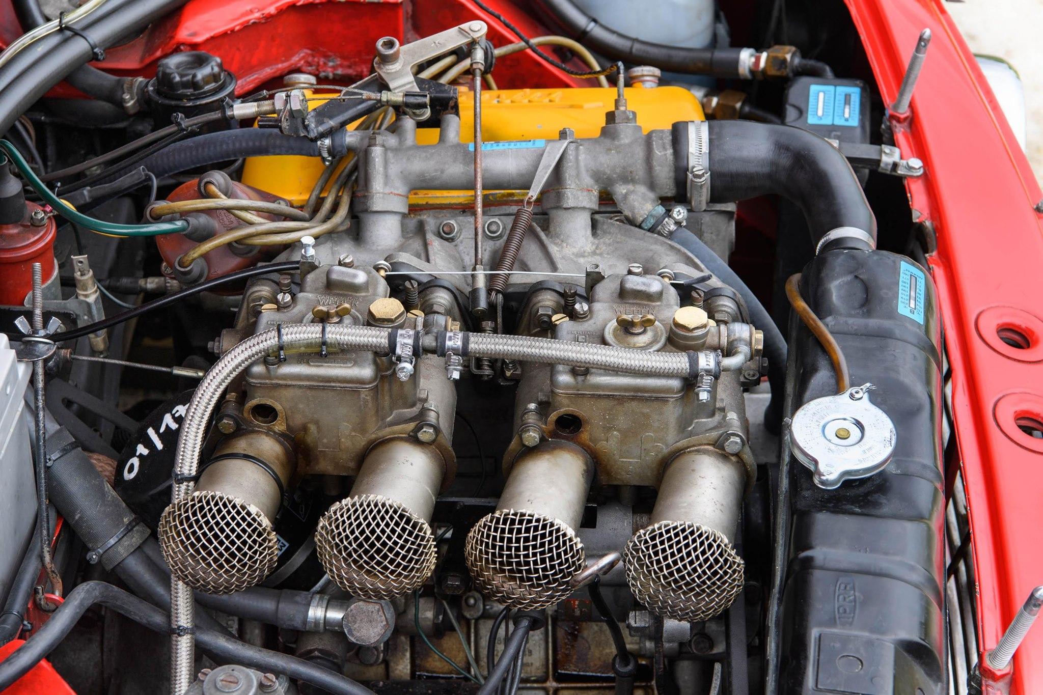 Lancia-Fulvia-Coupe-Rallye-1.6-HF-Fanalone-3