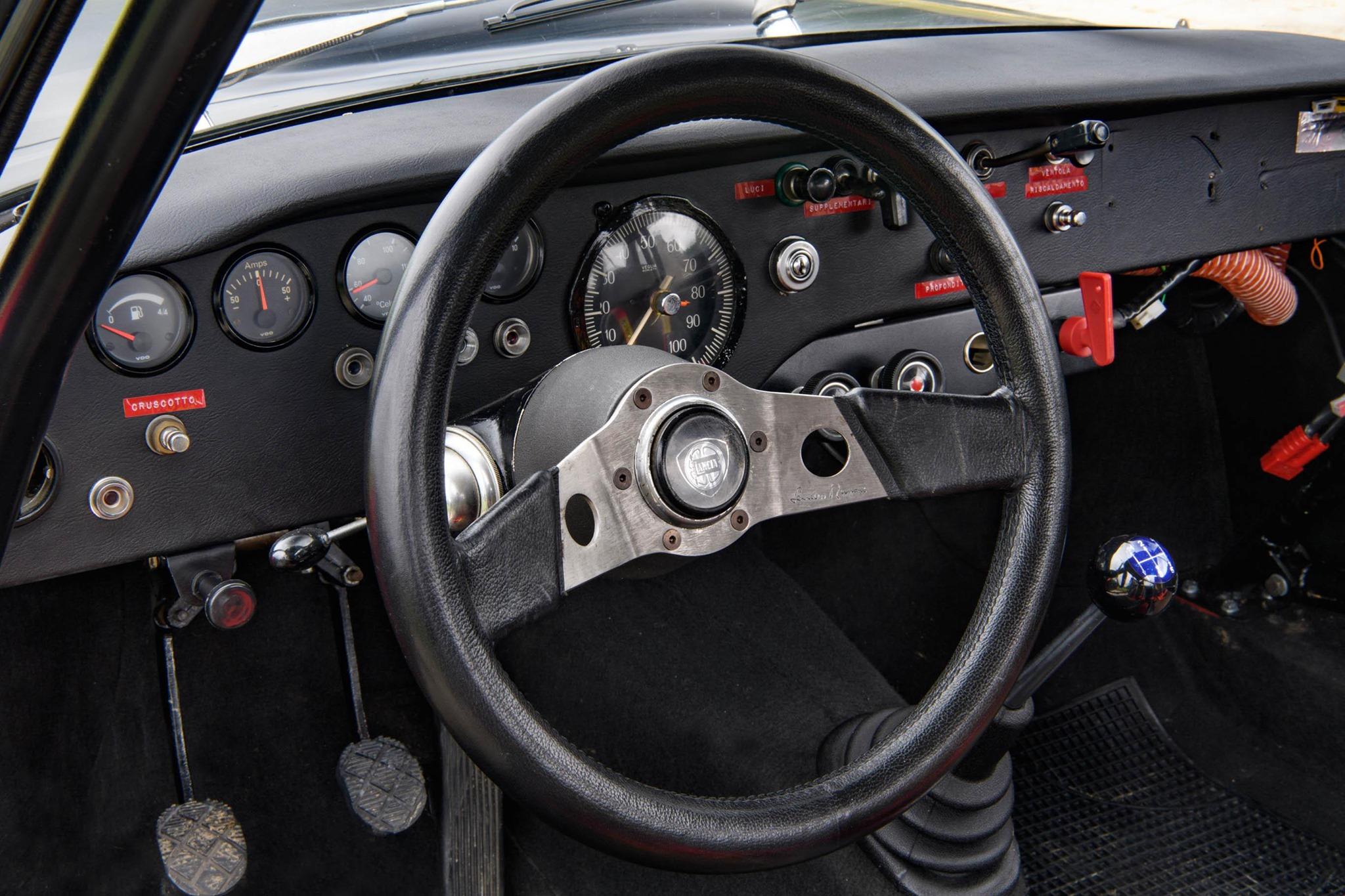 Lancia-Fulvia-Coupe-Rallye-1.6-HF-Fanalone-5