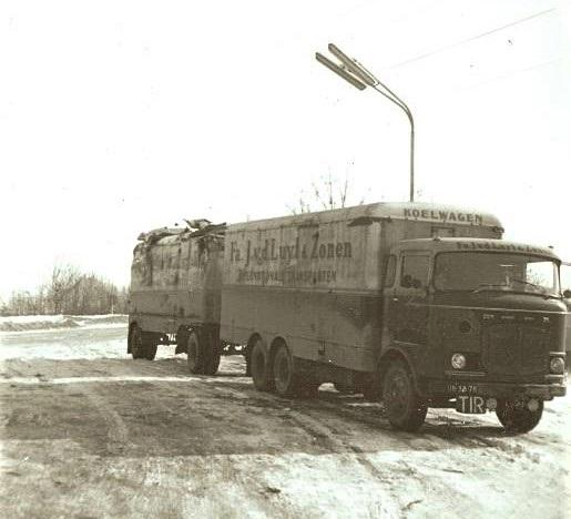 Scania-Vabis---LV-kijk-eens-naar-de-AHW-