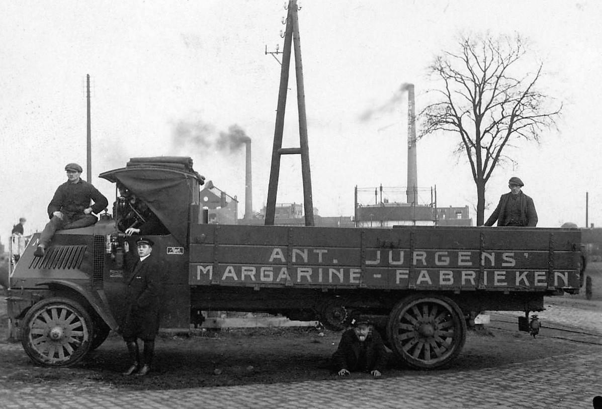 1925-ca-Mack