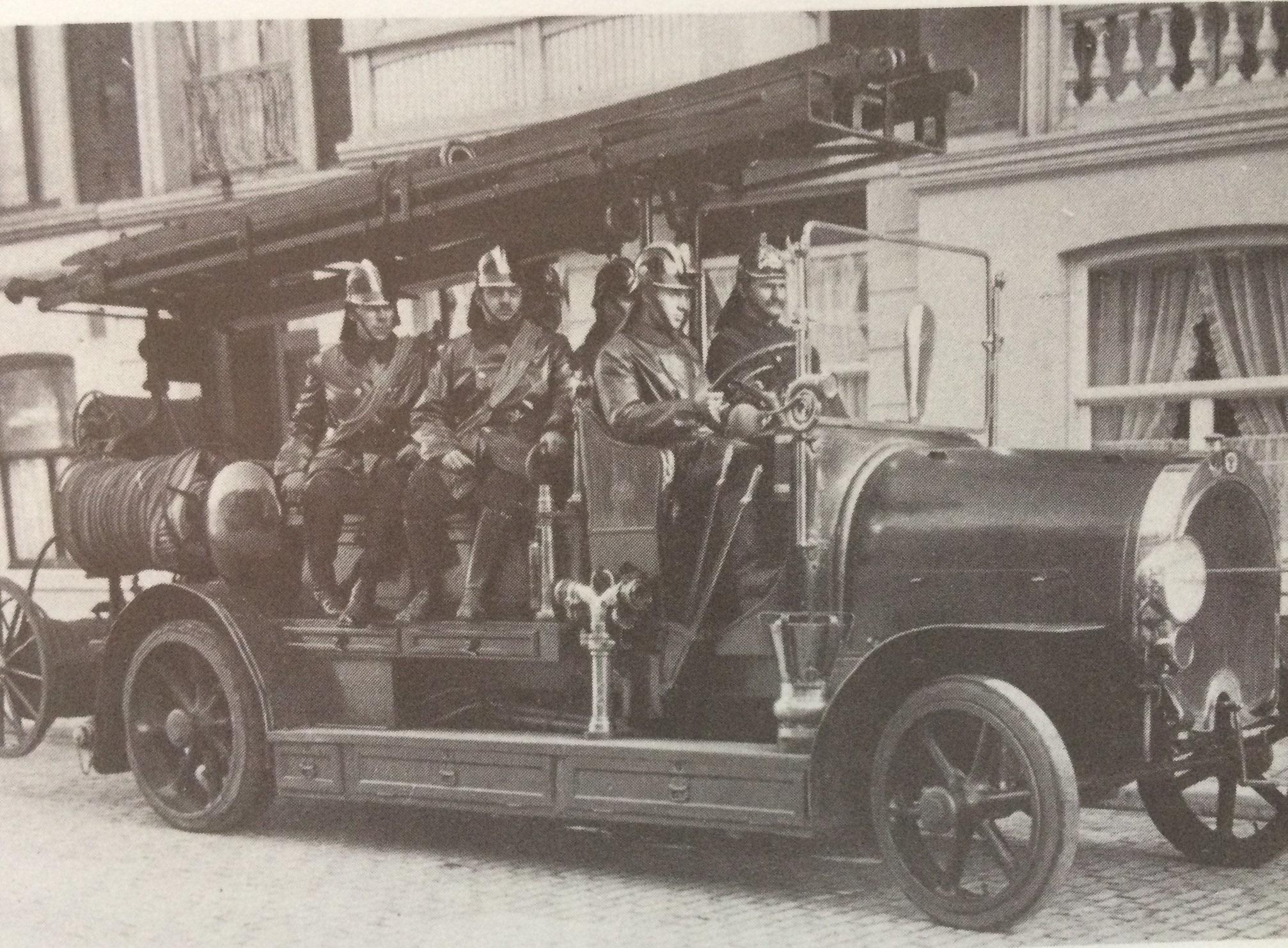 Scania-Vabis-autospuit-van-Den-Haag-van-1919