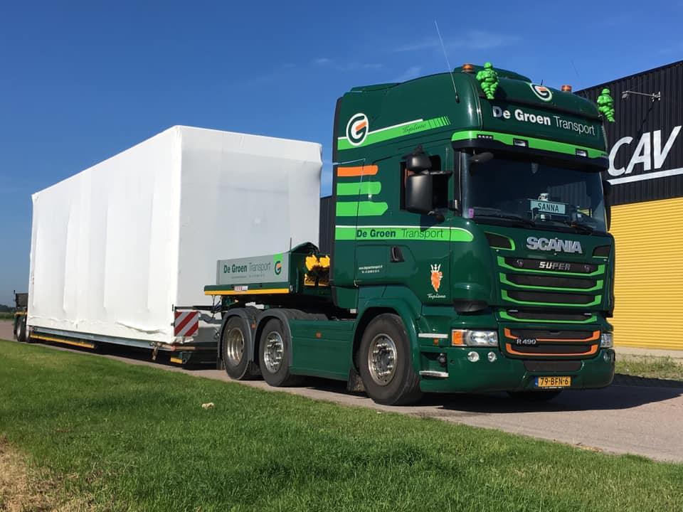 Rene-van-Zanen-chauffeur-door-heel-europa-met-speciale-transporten-2