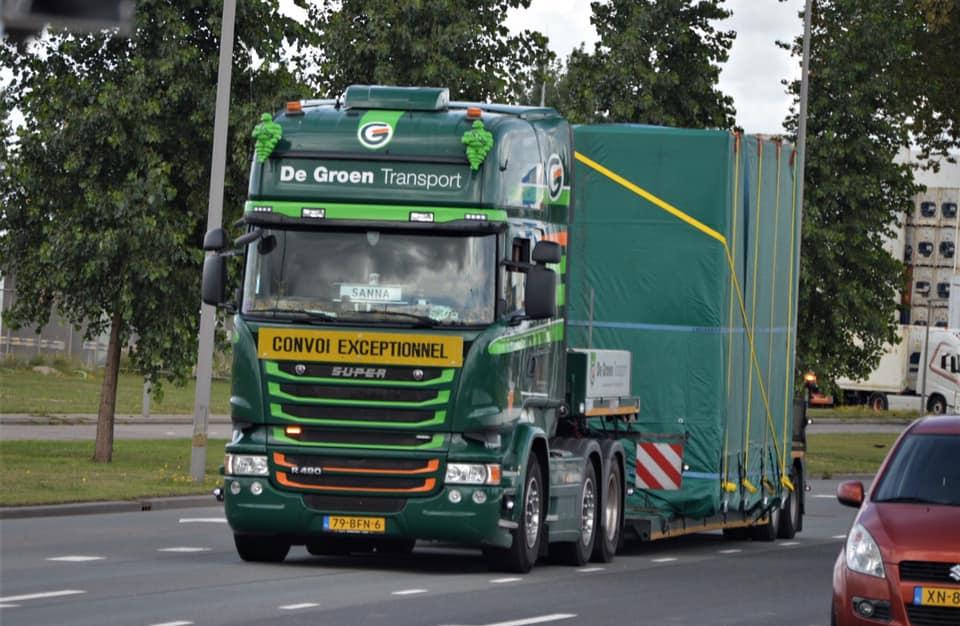 Rene-van-Zanen-chauffeur-door-heel-europa-met-speciale-transporten-9