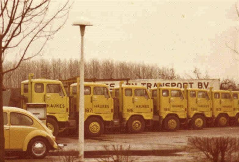 Ans-Janssen-Koenders-Mooie-tijd-met-het-prachtige-wagenpark-wat-iedere-zaterdag-door-ons---Yvonne-Derksen-en-Ik-gewassen-en-schoongemaakt-w