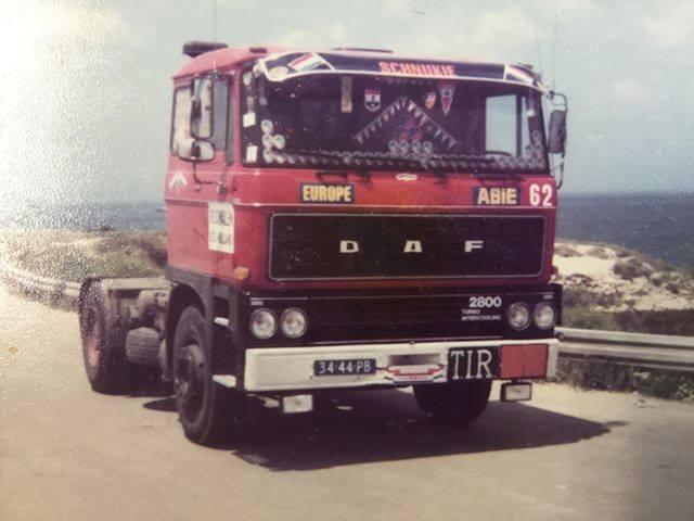 Henk-Smitjes---Auto-62-lijkt-onderweg-naar-het-strand-