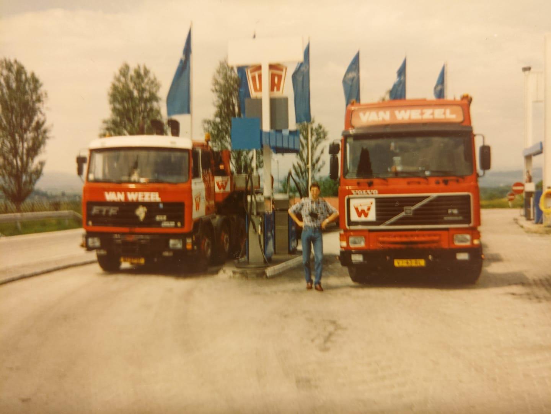 Pieter-Smid---1994-onderweg-naar-Wenen-Oostenrijk-en-hier-op-de-foto-21-jaar-jong