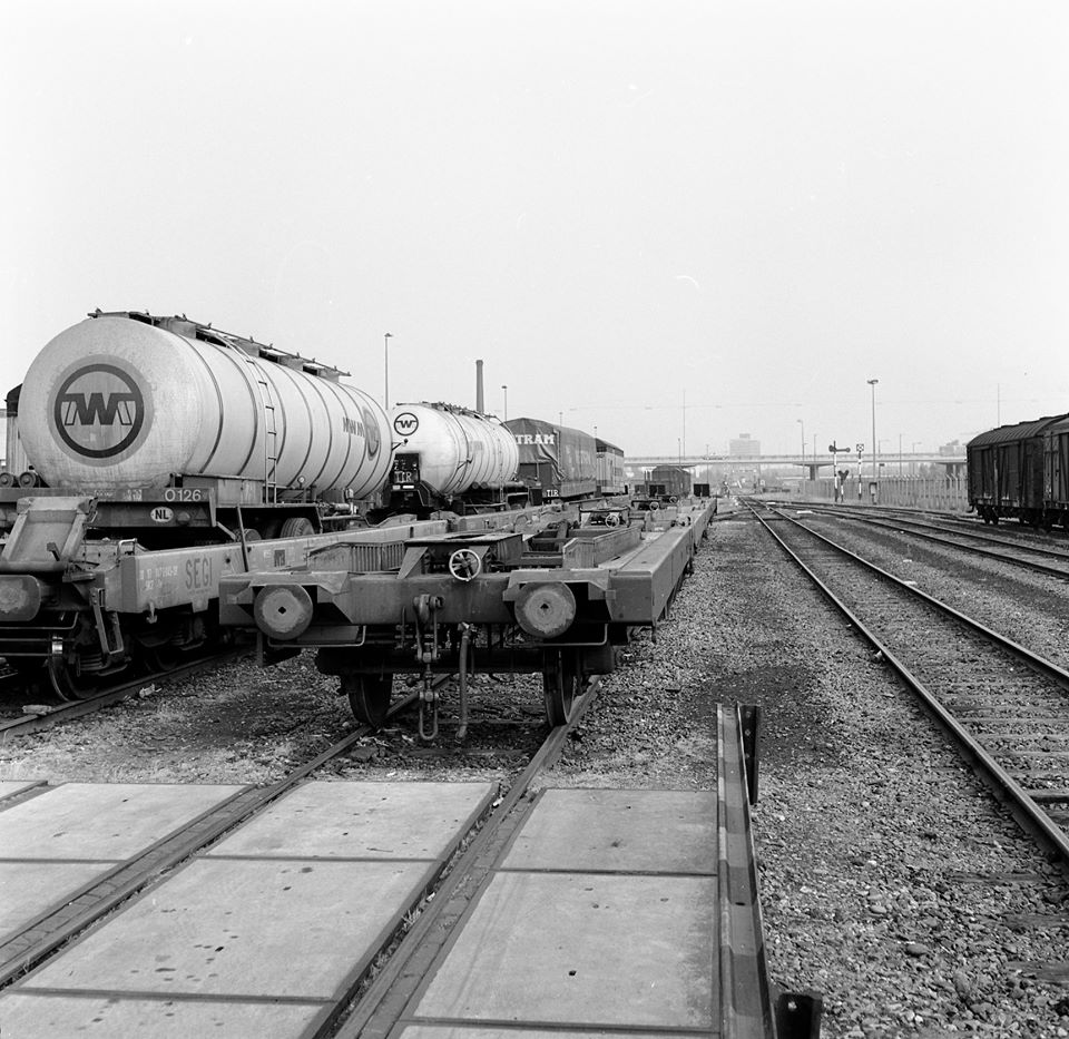 eerste-trein-vekeer-naar-Spanje-1