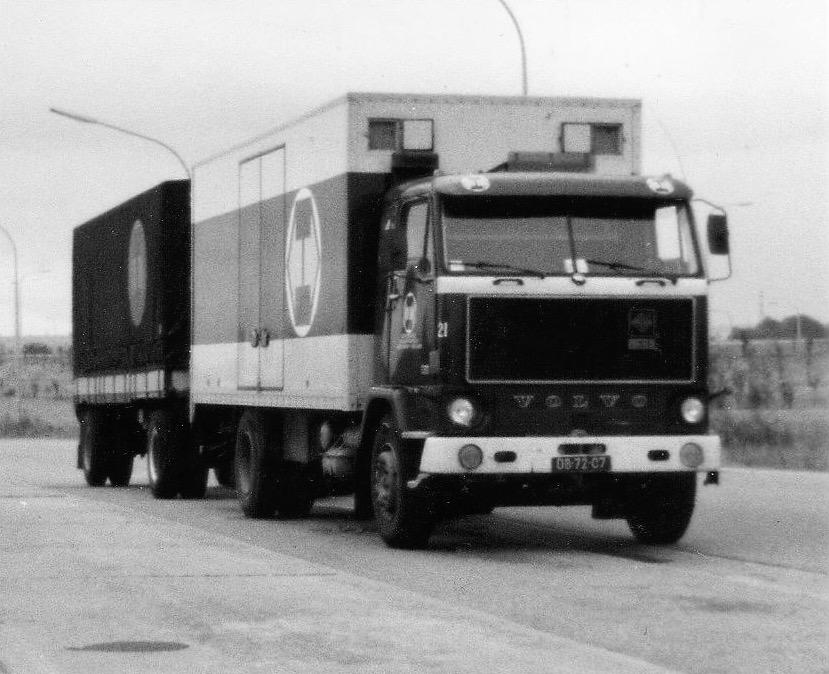 Wil-Goeijenbier-zijn-Volvo-bij-het-bedrijf-2