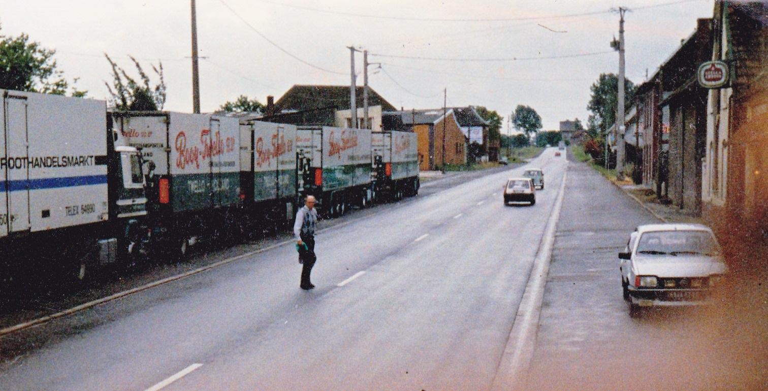 Pascal-Booij--Truckstop-Bapaume-1988--favorite-cafe-3
