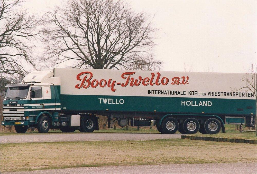 jan-nieuwenhuis-op-bussloo-met-scania-30-bt-57-ht-1988