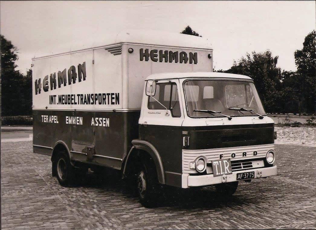 Ford-D-400-1967--Heiwo-Carrosserie-