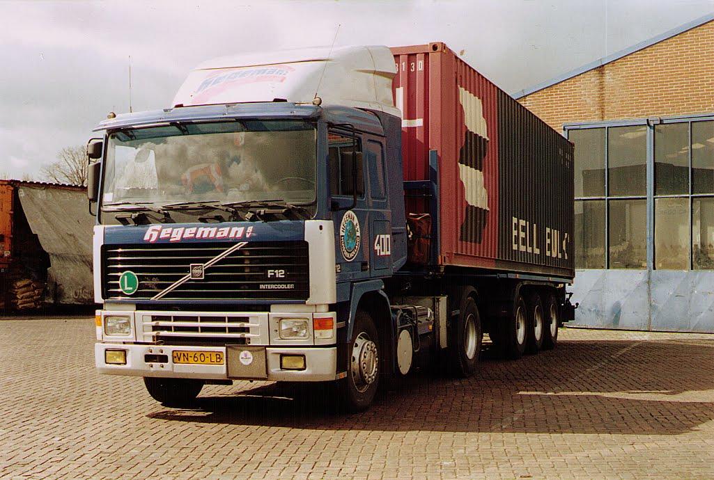 NR-400-Volvo-F12-van-Theetje-Haagen-1