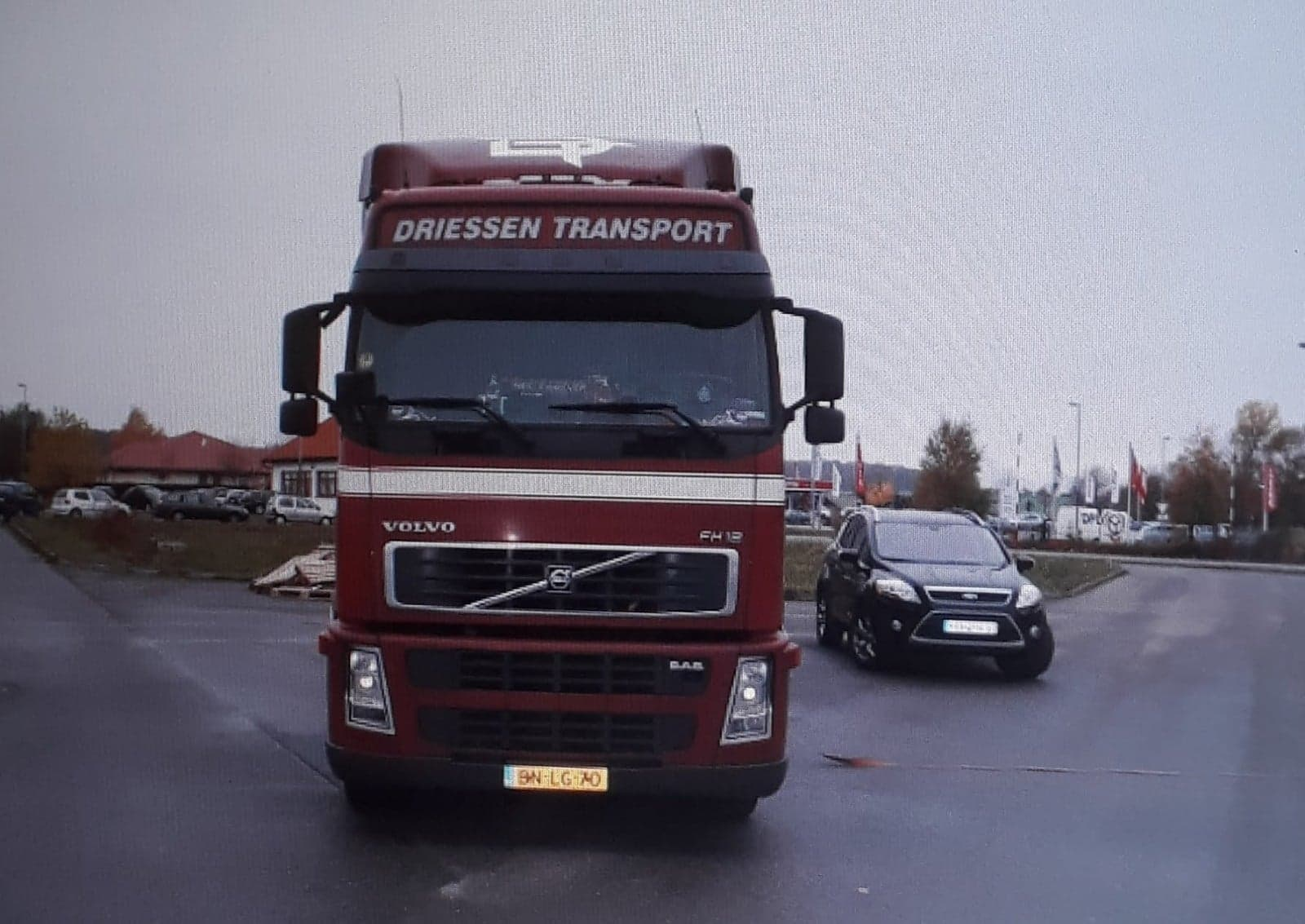 Volvo-FH--12
