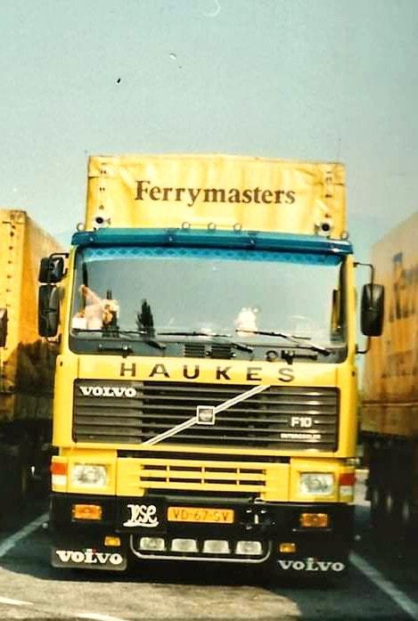 NR-286-Han-Megens--tweede-Volvo-F10--van-0-tot-een-miljoen-kilometer--7