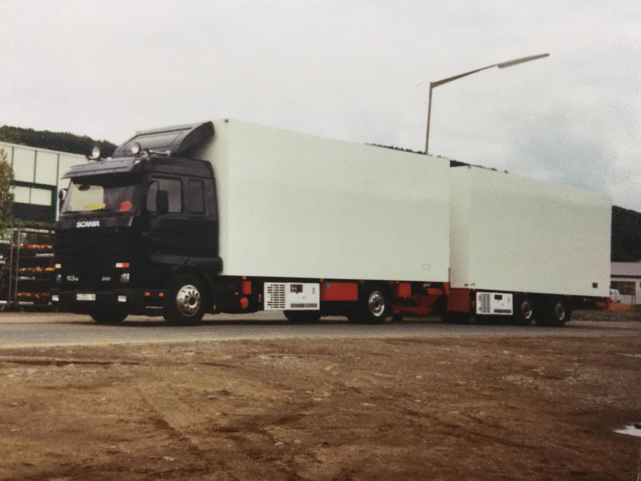Scania-113M-4