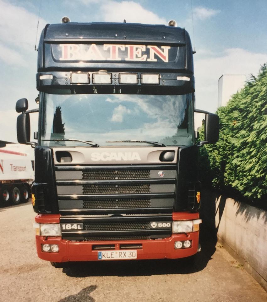 Scania-V8-14