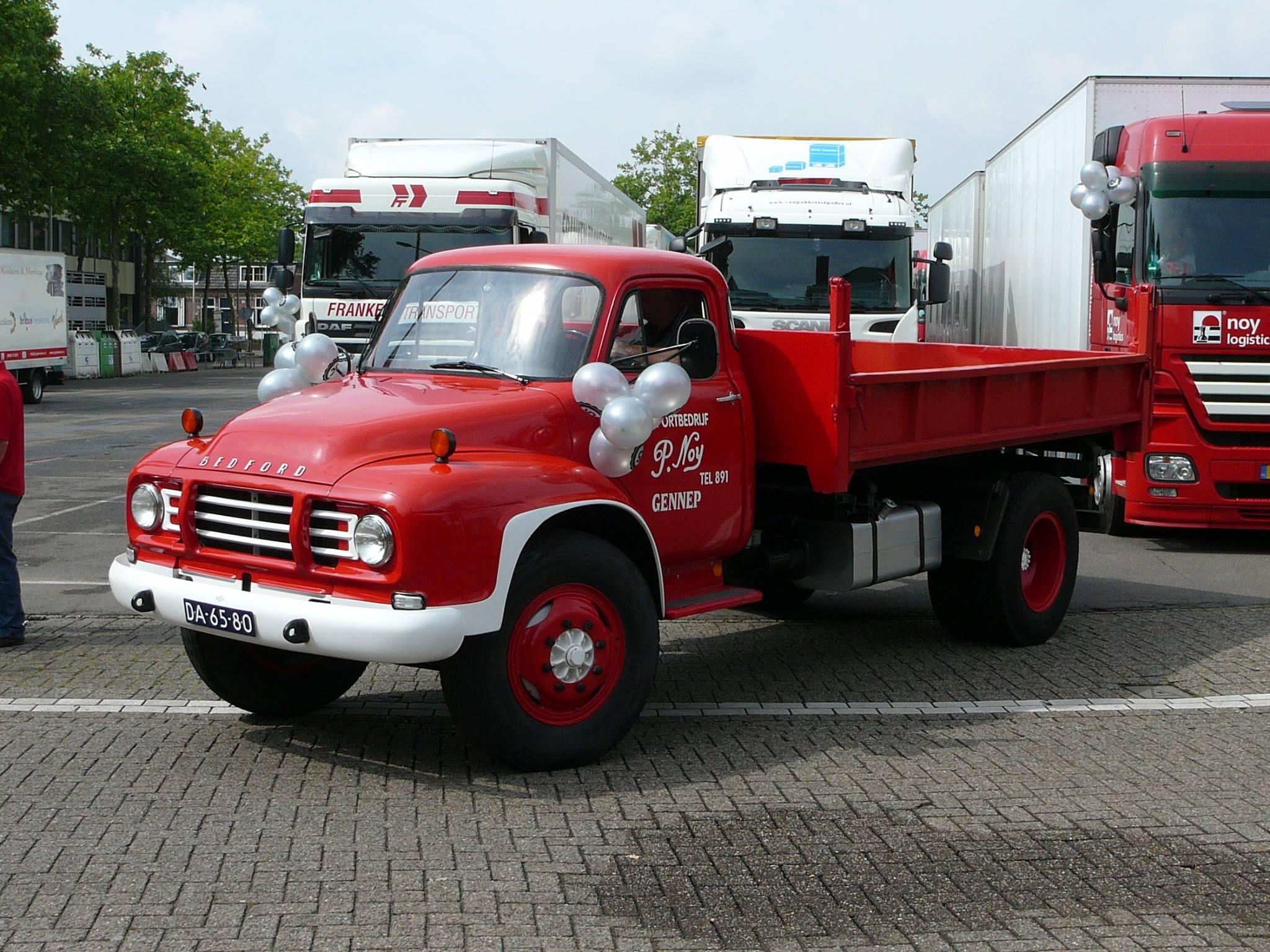 Bedford---De-jubileum-vrachtwagen-zegening-was-erg-geslaagd--2014