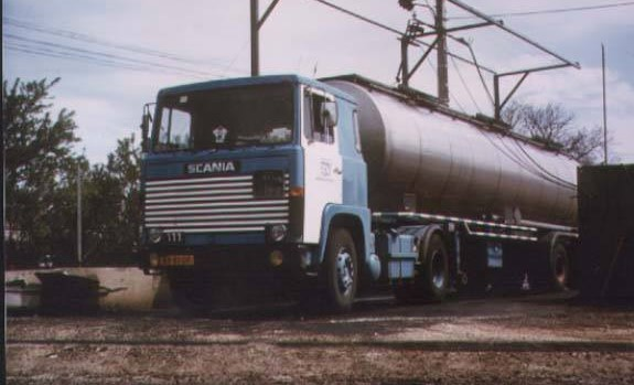 Scania--111-2