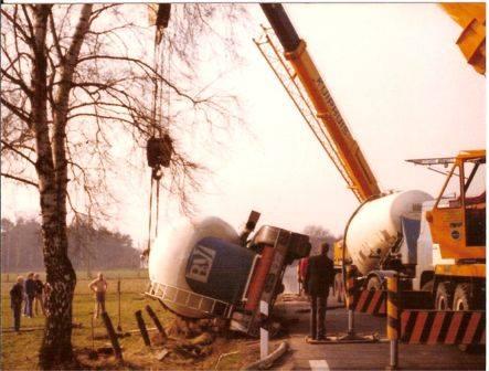 Scania-in-problemen-met-Berent-Tuin-12