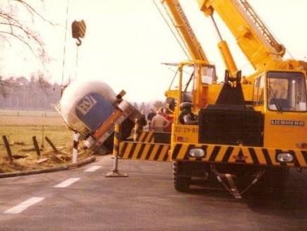 Scania-in-problemen-met-Berent-Tuin-16