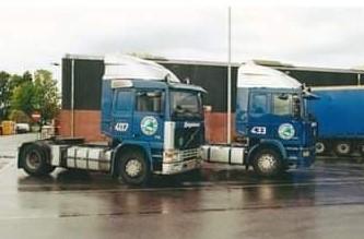 NR-407-Volvo-F10-van-Wilfried-Dieker-R-I-P--later-van-Gertie-Campschroer-en-Rob-van-Barneveld-5