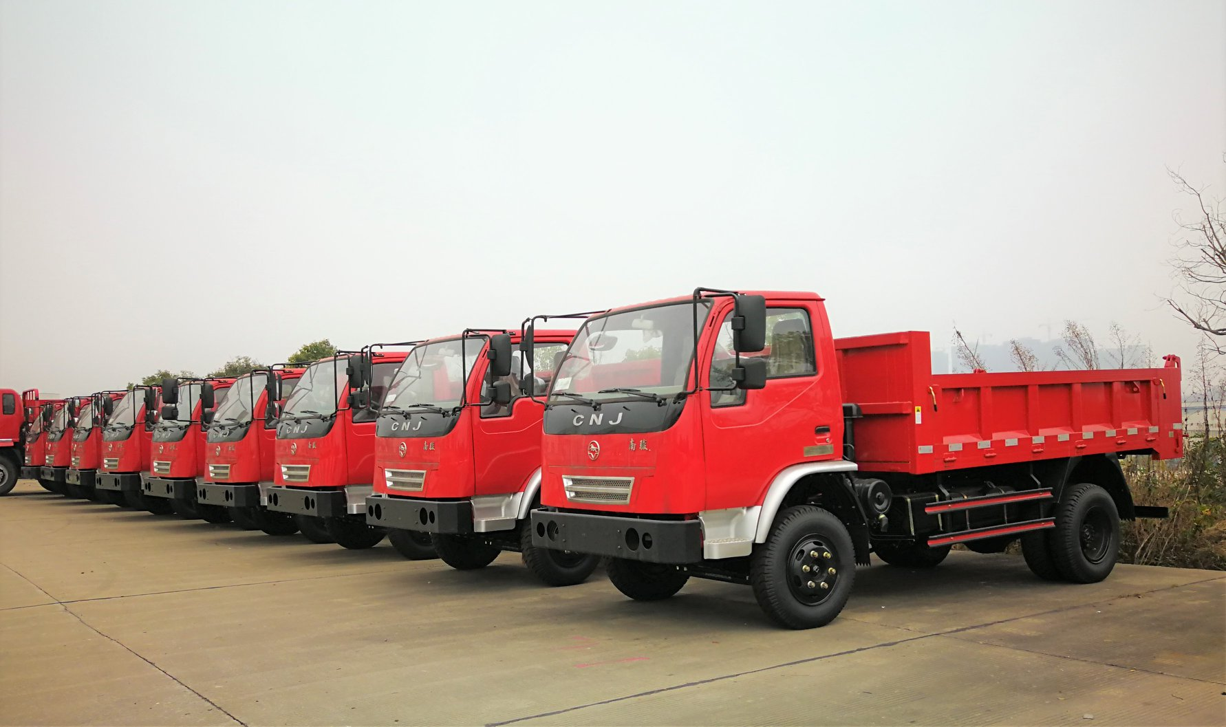 Special-truck-for-mining-Simple-Strong-and-Practica-4