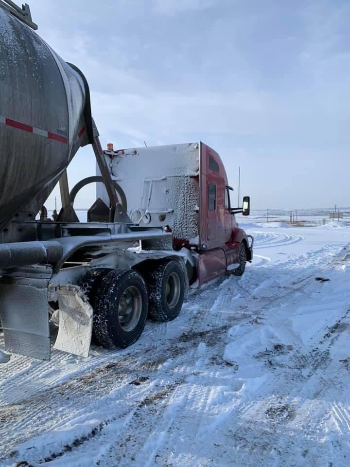 17-1-2020-Winter-2019-transport-naar-kolenmijn-in-Alberta--2