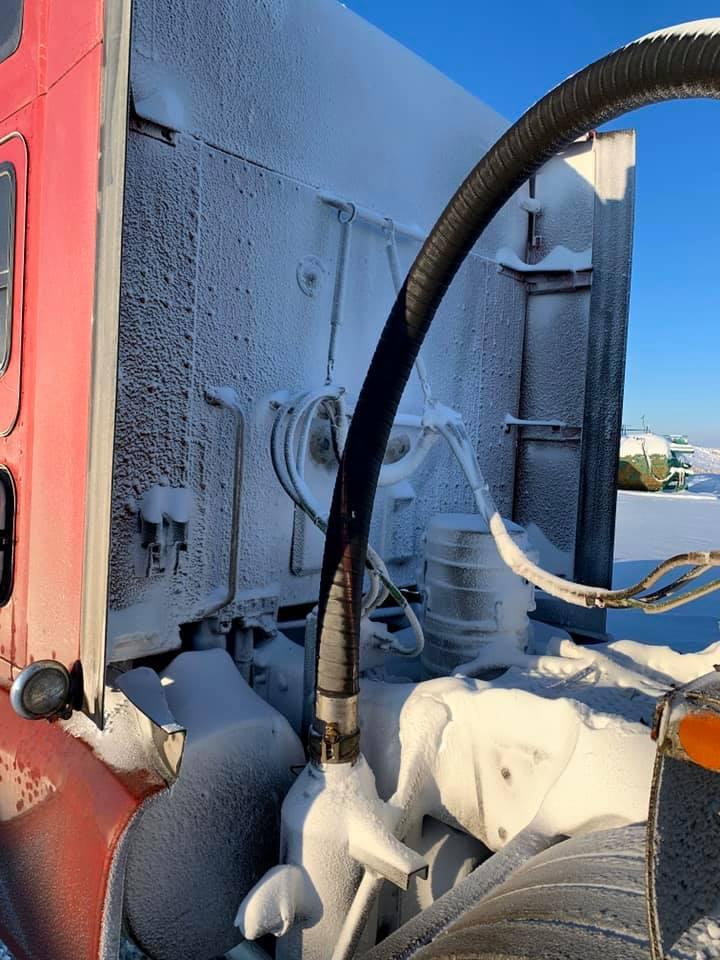 17-1-2020-Winter-2019-transport-naar-kolenmijn-in-Alberta--4
