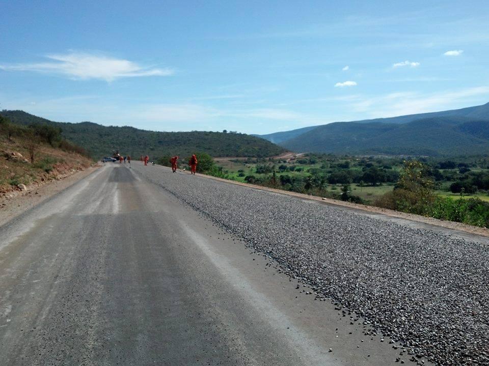 Fotos-uit-de-regio-van-Ibitiara-en-Seabra-aan-de-grote-BR-242-3