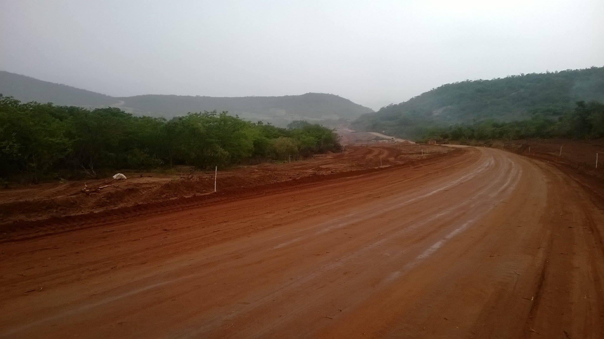 Fotos-uit-de-regio-van-Ibitiara-en-Seabra-aan-de-grote-BR-242-63