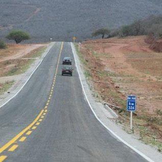 Fotos-uit-de-regio-van-Ibitiara-en-Seabra-aan-de-grote-BR-242-64