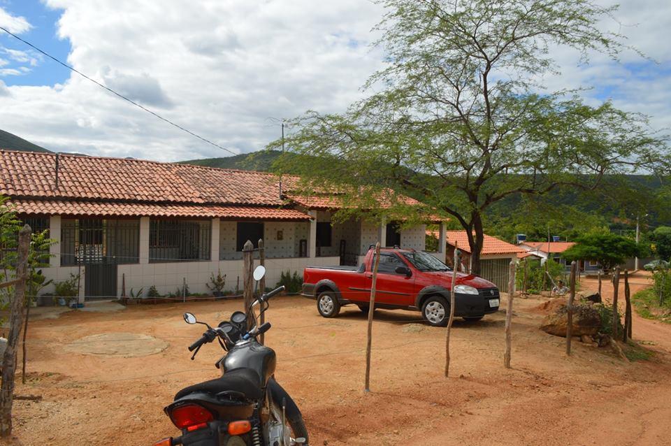 Fotos-uit-de-regio-van-Ibitiara-en-Seabra-aan-de-grote-BR-242-66