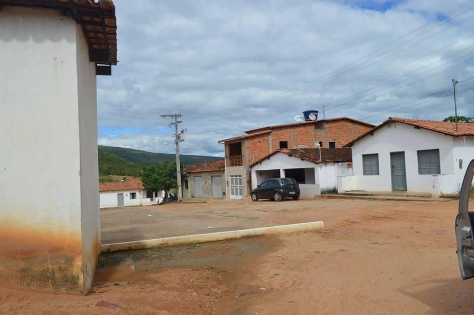 Fotos-uit-de-regio-van-Ibitiara-en-Seabra-aan-de-grote-BR-242-81