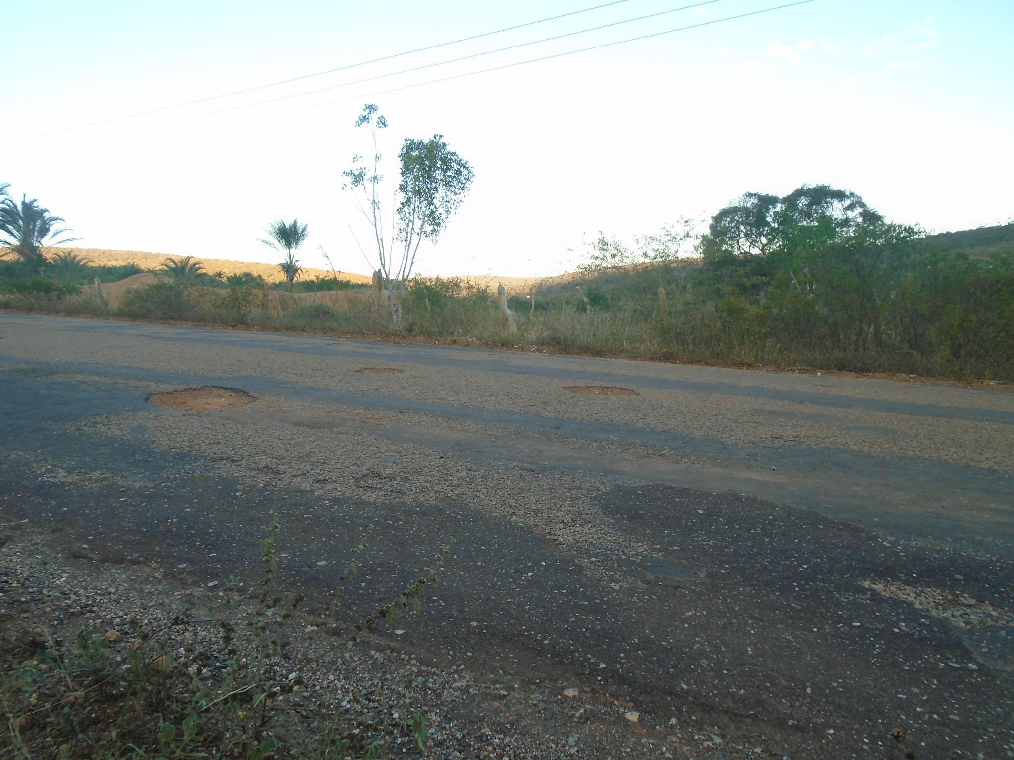 Fotos-uit-de-regio-van-Ibitiara-en-Seabra-aan-de-grote-BR-242-84