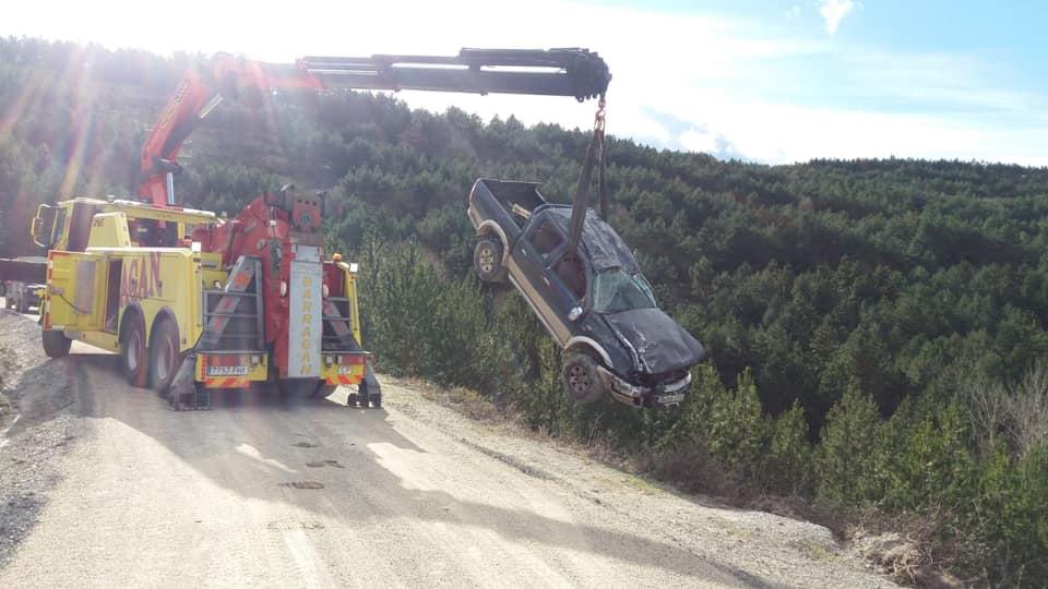 18-1-2020--redding-van-ruige-truck-val-in-kloof-op-21-meter--La-Rioja-1