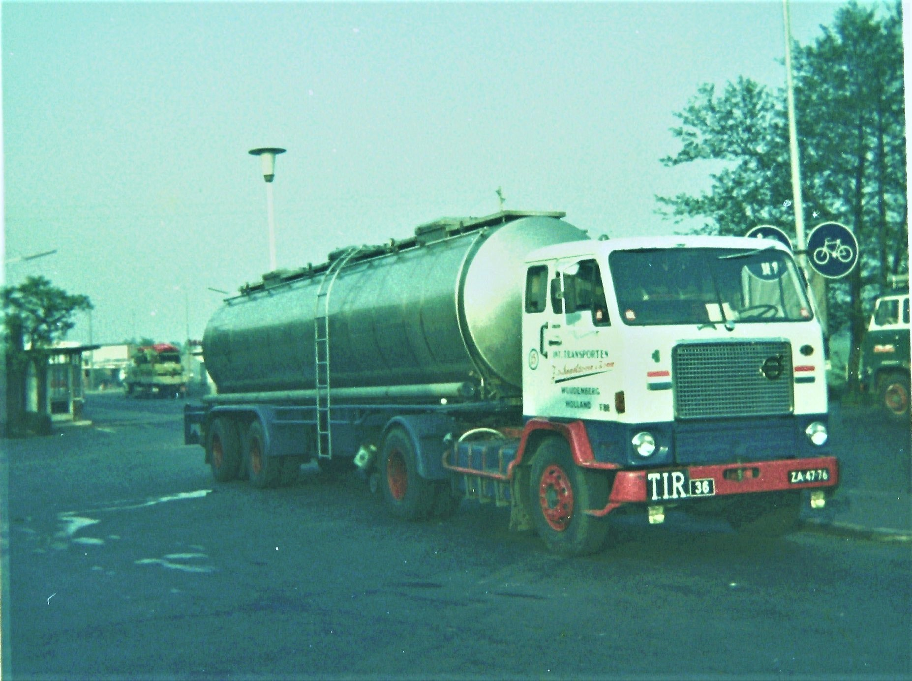Volvo-F88-Denekamp-Nordhorn-19969-2