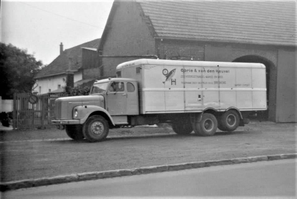 Scania-Vabis-6X2-met-BG--cabine
