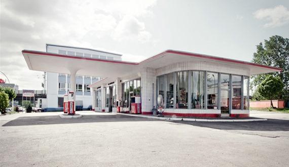 Tankstelle-Hamburg-Jan-Van-Pelt-archief-2