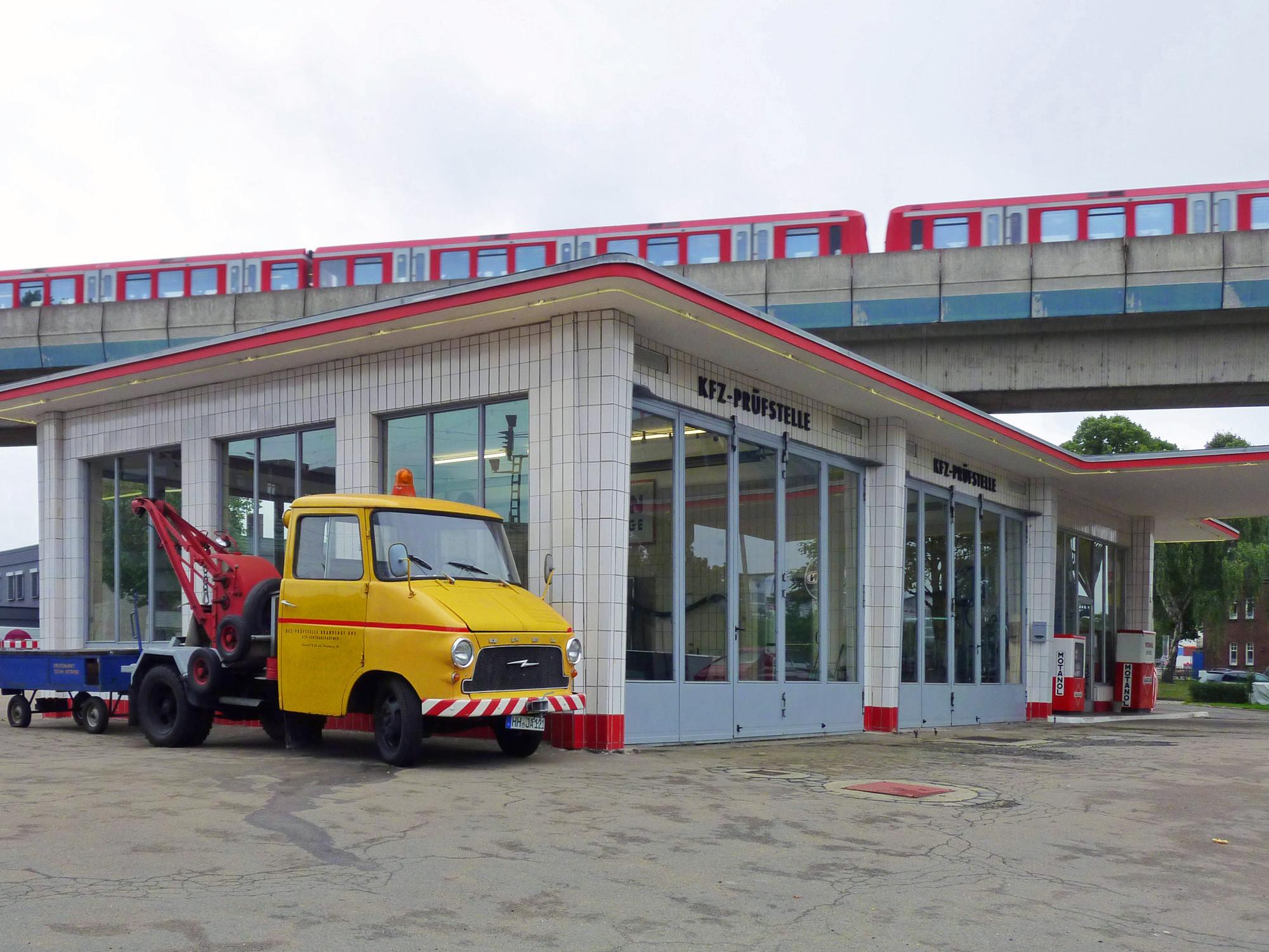Tankstelle-Hamburg-Jan-Van-Pelt-archief-3