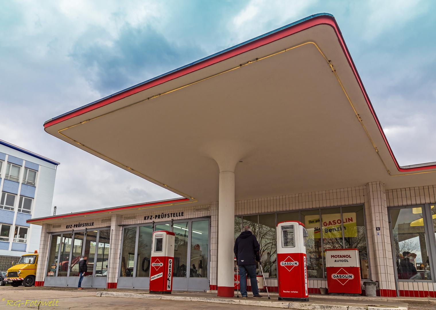 Tankstelle-Hamburg-Jan-Van-Pelt-archief-4