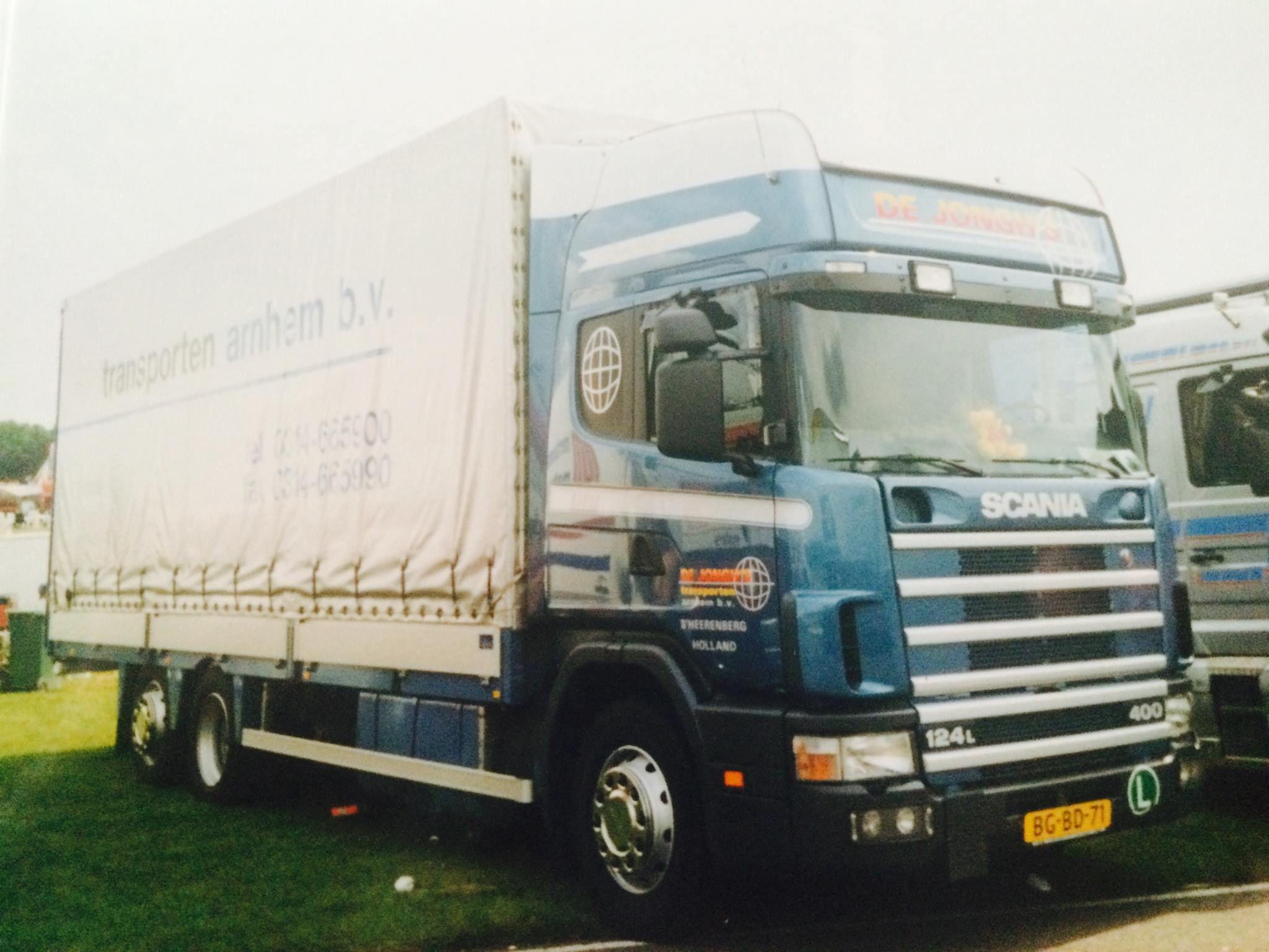 Scania-124-L-BG-BD-71