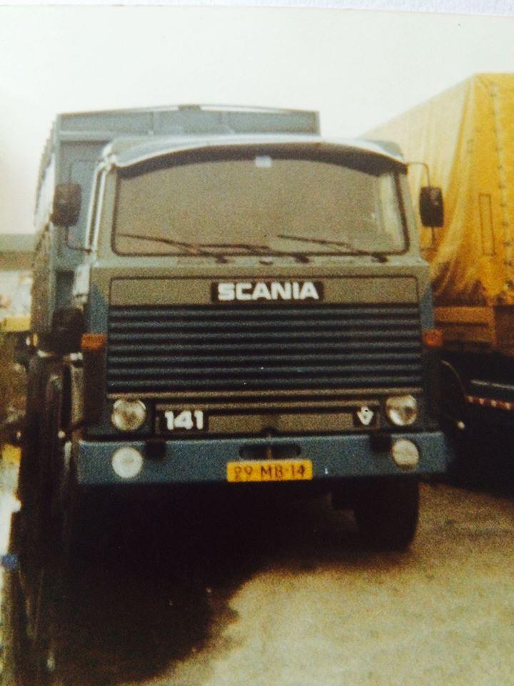 Scania-V8-29-MB-14-Dolf-in-de-bieten-campagne