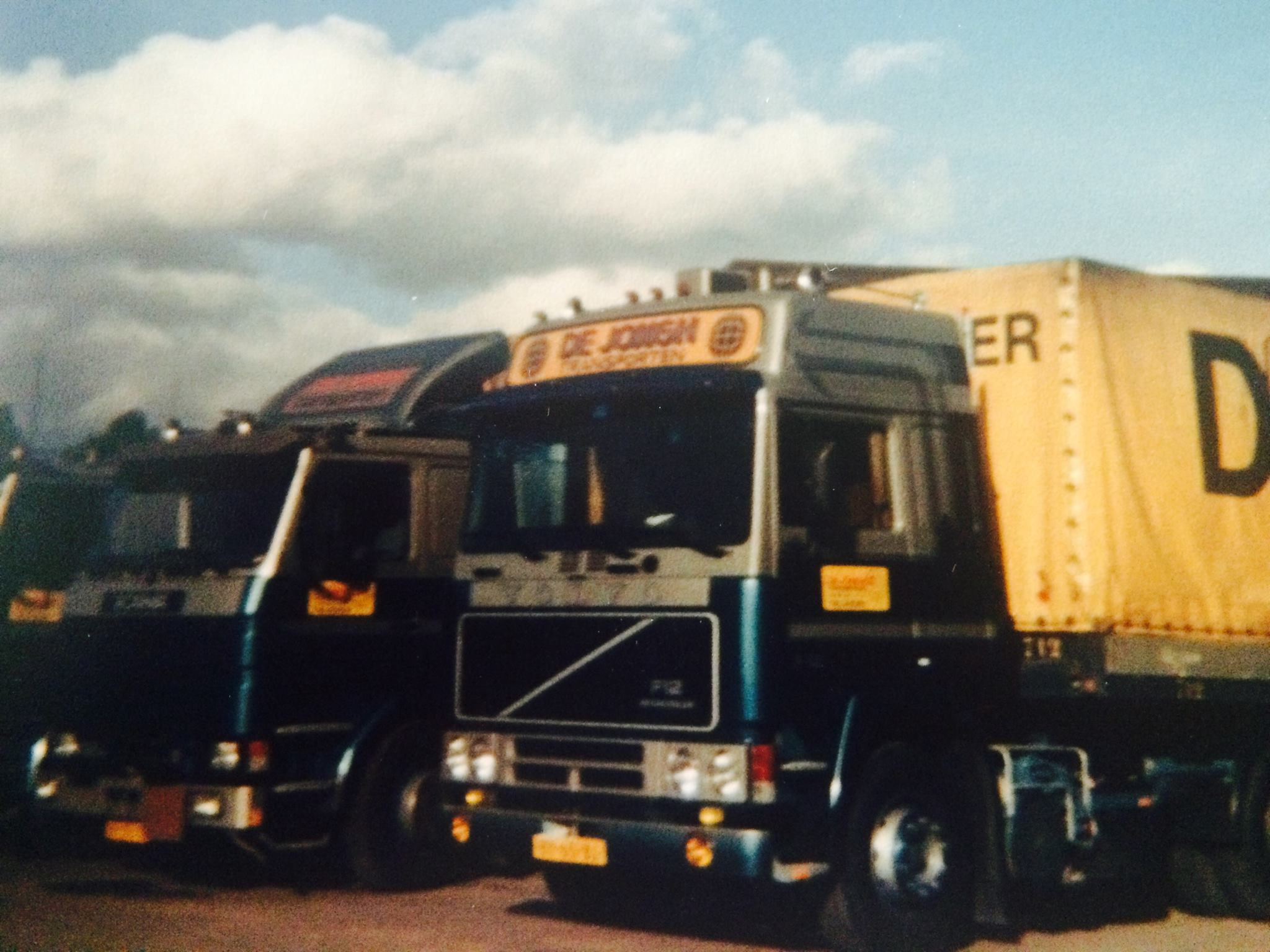 Scania-Volvo--BY-65-BJ