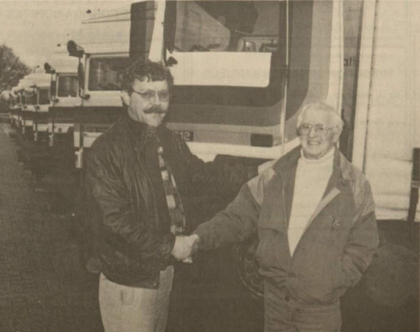 Alweer-25-jaar-geleden-dat-Pieter-van-der-Bij-uit-Kootstertille--de-rem-er-op-zette-Pieter-staat-hier-met-Jan-de-Bruin-op-de-foto